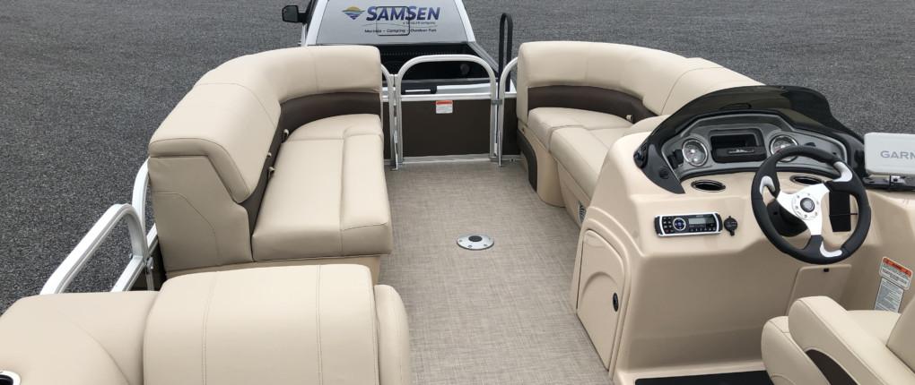 Samsen Pontoon Boat Rental Interior 1